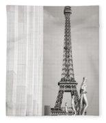 Eiffel Tour Paris Black And White Fleece Blanket
