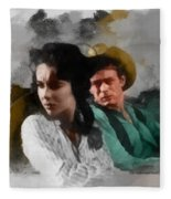 Elizabeth And James - Giant Fleece Blanket