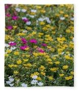 Field Of Pretty Flowers Fleece Blanket