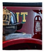 Firemen - Fire Helmet Lieutenant Fleece Blanket