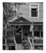 Front Porch Usa Black And White Fleece Blanket