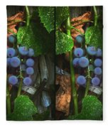 Grapes On The Vine - Gently Cross Your Eyes And Focus On The Middle Image Fleece Blanket