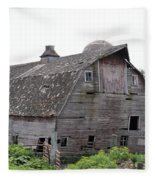 Iowa Barn 7414 Fleece Blanket
