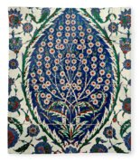 Iznik 07 Fleece Blanket