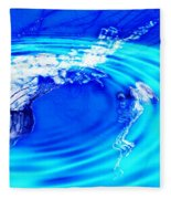 Jellyfish Pool Fleece Blanket