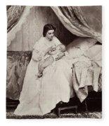 Jonghe: Young Mother Fleece Blanket