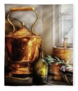 Kettle - Cherished Memories Fleece Blanket