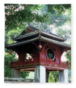 Khue Van Cac Gate Fleece Blanket