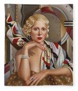 La Femmeen Soiehi  Fleece Blanket