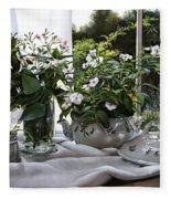 La Zuppiera Bianca E Rosa Fleece Blanket