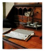 Lawyer - Quill Papers And Pipe Fleece Blanket