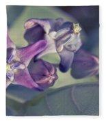 Lei Pua Kalaunu - Crown Flower - Calotropis Gigantea Fleece Blanket