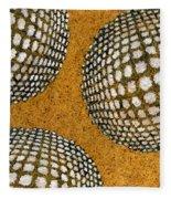 M U M 2 - Bulge Dots Fleece Blanket
