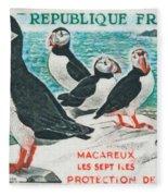 Macareux Seven Islands Conservation Fleece Blanket