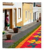 Making Flower Carpets Fleece Blanket