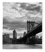 Manhattan Bridge In Bw Fleece Blanket