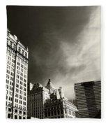 Manhattan Contrast Fleece Blanket