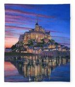 Mont Saint-michel Soir Fleece Blanket