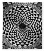 Mosaic Circle Symmetric Black And White Fleece Blanket