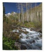 Mountains Co Maroon Creek 4 Fleece Blanket