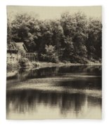 Nature Center Salt Creek In Heirloom Finish Fleece Blanket