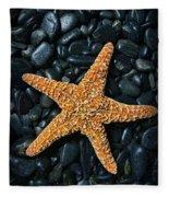 Nautical - Starfish On Black Rocks Fleece Blanket