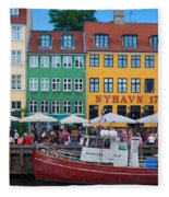 Nyhavn 17 Fleece Blanket