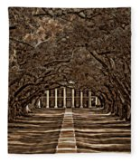 Oak Alley Bw Fleece Blanket
