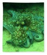 Octopus In The Sand Fleece Blanket