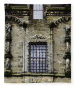 Oil Painting - Renaissance Styled Statues On Royal Palace In Stirling Castle Fleece Blanket