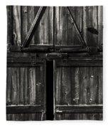 Old Barn Door - Bw Fleece Blanket