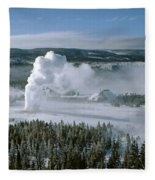 3m09132-01-old Faithful Geyser In Winter Fleece Blanket
