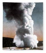 Old Faithful Geyser Yellowstone Np Fleece Blanket
