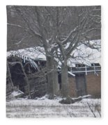 Old Snowy House Fleece Blanket