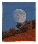 Oregon Moon Fleece Blanket