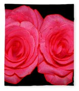 Pink Roses With Colored Edges Effects Fleece Blanket