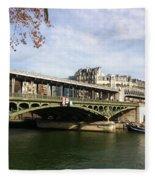 ponte verde a Parigi Fleece Blanket