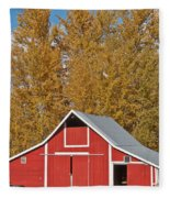 Red Barn And Fall Colors Fleece Blanket