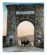 Roosevelt Arch Yellowstone Np Fleece Blanket
