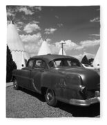 Route 66 Wigwam Motel And Classic Car 5 Fleece Blanket