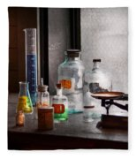 Science - Chemist - Chemistry Equipment  Fleece Blanket