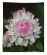 Simple White Straw Flower Fleece Blanket