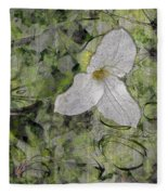 Single White Trillium Fleece Blanket