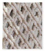 Snowy Lattice Vertical Fleece Blanket