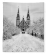 Snowy Villanova In Black And White Fleece Blanket