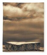 Southern Ocean In Black And White Fleece Blanket