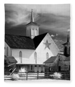 Star Barn Complex In Infrared Fleece Blanket
