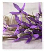 Starshine Laurentia Flowers And White Shell Fleece Blanket