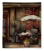 Storefront - Frenchtown Nj - The Boutique Fleece Blanket