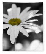 Sun-speckled Daisy Fleece Blanket